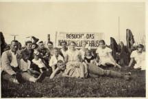 Bild von der Eröffnung des Naturfreundehauses Waldheim aus dem Jahr 1930