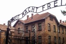 Eingangstor zum Stammlager Auschwitz