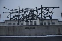 Die Gedenkstätte im ehemaligen Konzentrationslager Dachau. Bild (unbearbeitet): www.flickr.com/photos/grahamhills/