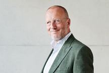 Roger de Weck (© Danielle Liniger/Suhrkamp Verlag)